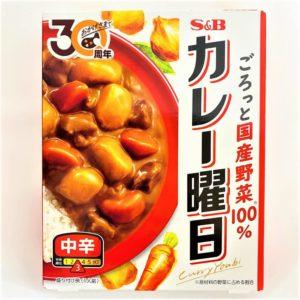 S&B カレー曜日(中辛) 230g 01