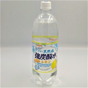 サンガリア 伊賀の天然水強炭酸水 レモン 1000ml 01